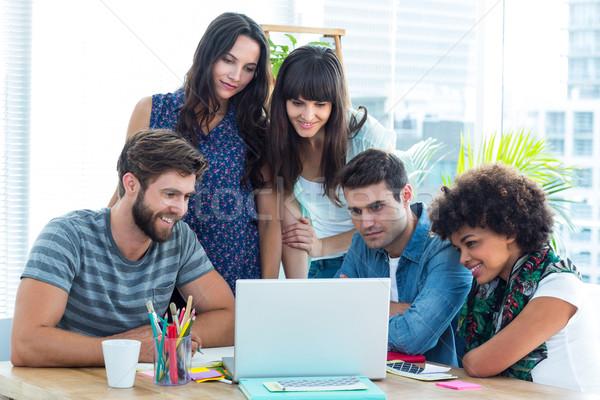 幸せ 創造 ビジネスチーム 周りに ノートパソコン オフィス ストックフォト © wavebreak_media