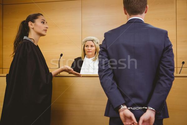 адвокат говорить уголовный наручники суд комнату Сток-фото © wavebreak_media