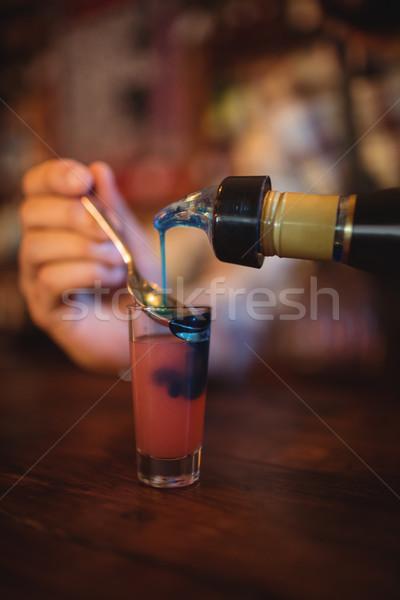 De ober cocktail drinken shot bril Stockfoto © wavebreak_media