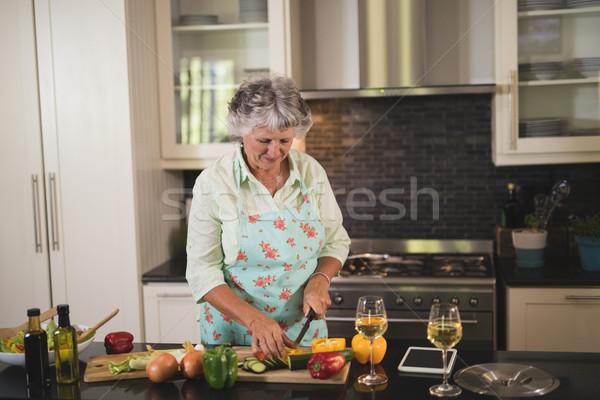 Senior donna digitale tablet Foto d'archivio © wavebreak_media