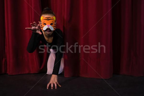バレエダンサー 着用 マスク ステージ カーテン ストックフォト © wavebreak_media