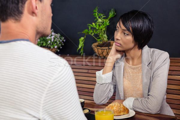 Boldogtalan nő ül fiúbarát kávéház szeretet Stock fotó © wavebreak_media