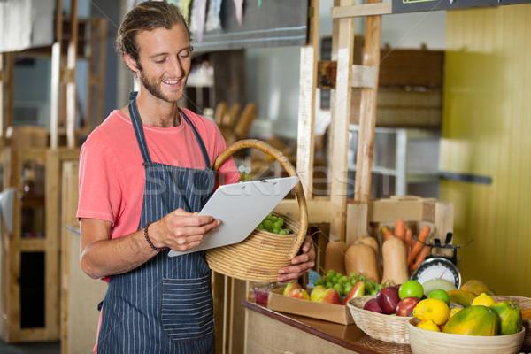 Mannelijke personeel naar organisch Stockfoto © wavebreak_media