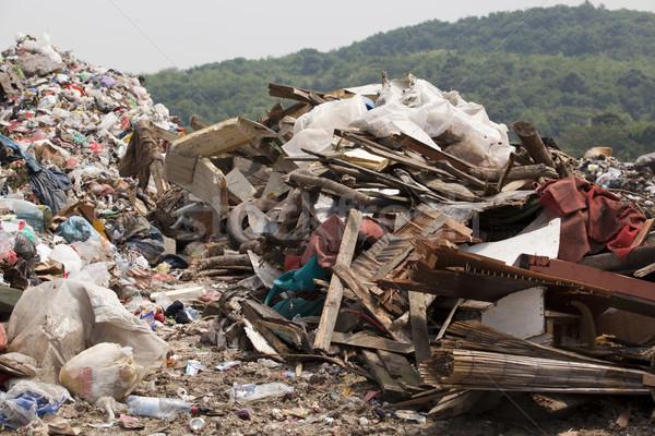 Szeméttelep szemét természet újrahasznosít szennyezés környezet Stock fotó © wellphoto