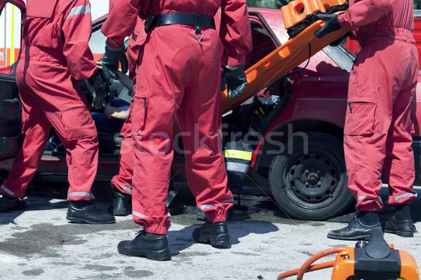 Ratowania operacja samochodu crash zespołu Zdjęcia stock © wellphoto