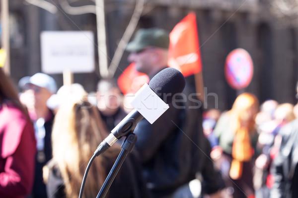 Politikai tiltakozás demonstráció mikrofon fókusz elmosódott Stock fotó © wellphoto