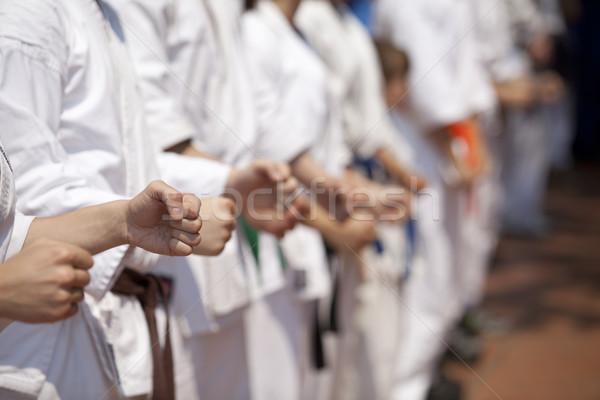 Karate opleiding handen hand oefening macht Stockfoto © wellphoto