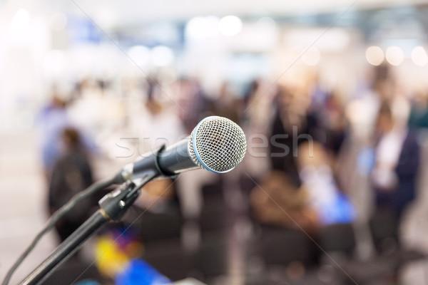 Mikrofon fókusz elmosódott közönség hírek konferencia Stock fotó © wellphoto