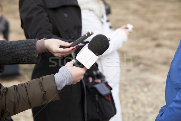 Сток-фото: СМИ · интервью · журналист · микрофона · связи