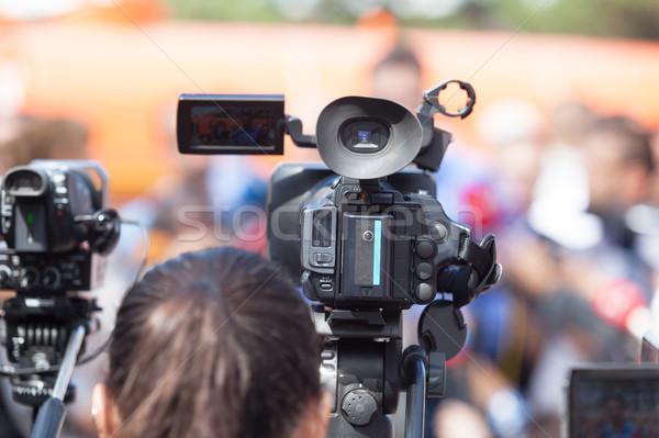 Esemény videókamera sajtótájékoztató lövöldözés hírek konferencia Stock fotó © wellphoto