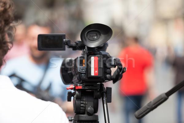 Esemény videókamera televízió hírek kommunikáció sajtó Stock fotó © wellphoto