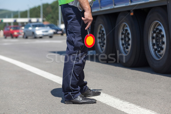 Polis trafik karayolu polis memuru kontrol kamyon Stok fotoğraf © wellphoto