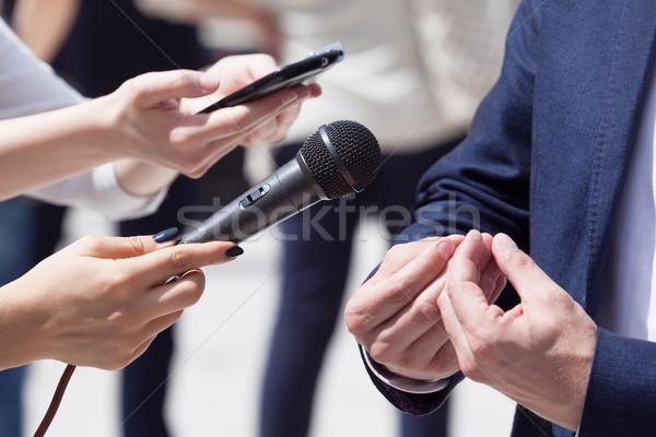 Media interview druk microfoon nieuws communicatie Stockfoto © wellphoto