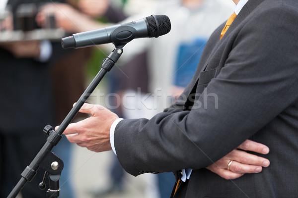 Hírek konferencia mikrofon közönségszolgálat bemutató beszéd Stock fotó © wellphoto