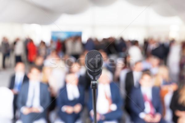 ビジネス プレゼンテーション 企業 会議 マイク フォーカス ストックフォト © wellphoto