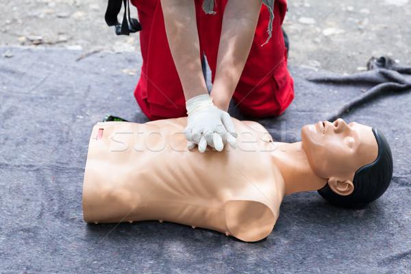 Elsősegély mesterséges lélegeztetés képzés orvosi oktatás segítség Stock fotó © wellphoto