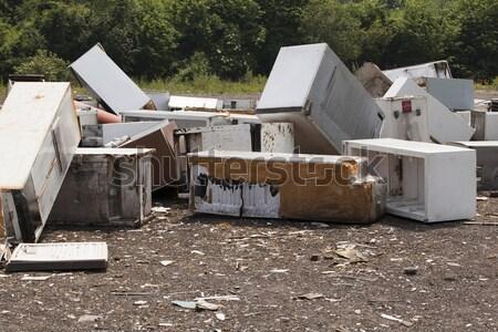 öreg háztartási gépek szeméttelep fém fehér újrahasznosít Stock fotó © wellphoto
