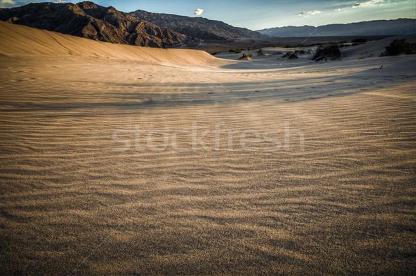 Mort vallée Rechercher désert sable ciel Photo stock © weltreisendertj