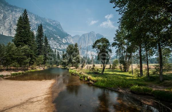 Yosemite nice rzeki spaceru wody drogowego Zdjęcia stock © weltreisendertj