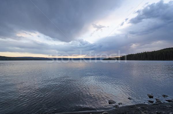 Deszcz chmury wygaśnięcia jezioro parku Wyoming Zdjęcia stock © wildnerdpix