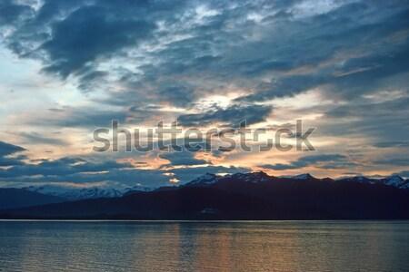 Tramonto passaggio Alaska Ocean montagna Foto d'archivio © wildnerdpix