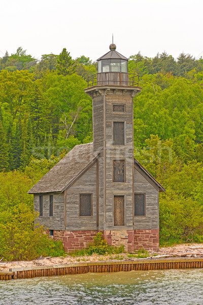 Abandonné phare solitaire rive île canal Photo stock © wildnerdpix