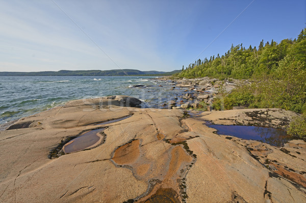 Su kayalar yalnız sahil park Stok fotoğraf © wildnerdpix