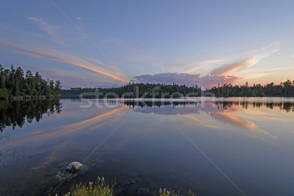 Szokatlan felhők naplemente észak erdő tó Stock fotó © wildnerdpix