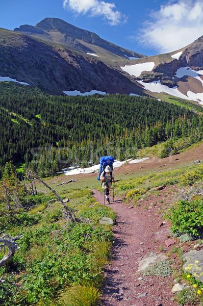 Randonnée sur montagne vallée lac glacier Photo stock © wildnerdpix
