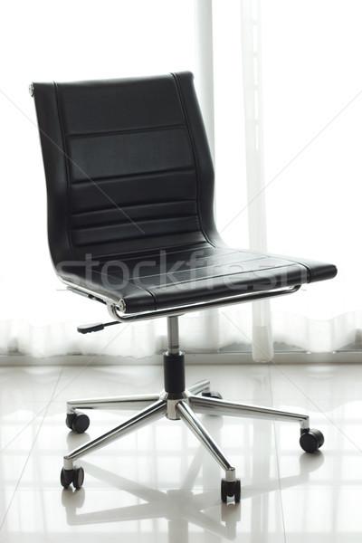 Cadeira de escritório negócio escritório janela quarto secretária Foto stock © winnond