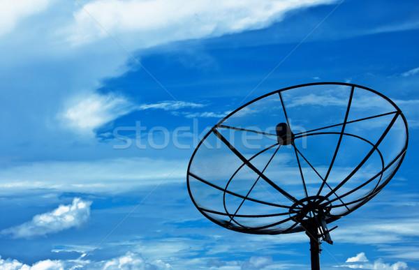 Blue sky céu internet televisão tecnologia Foto stock © winnond