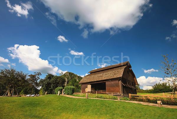 ストックフォト: 納屋 · ファーム · 風景 · 木材 · 夏 · ヴィンテージ