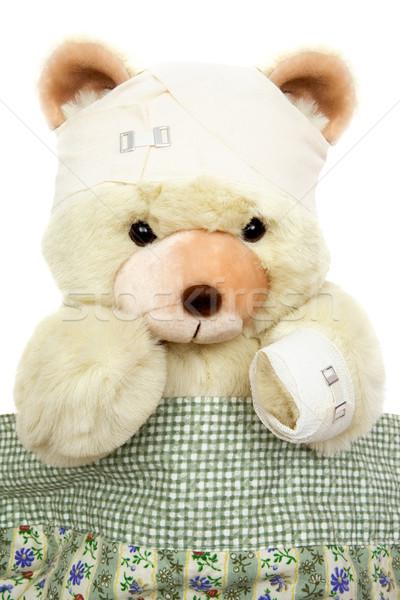 Stockfoto: Gewond · teddybeer · teddy · bed · geïsoleerd · witte
