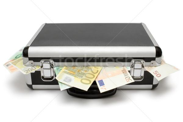 2609373_banka-bavul-euro-beyaz-arka-plan