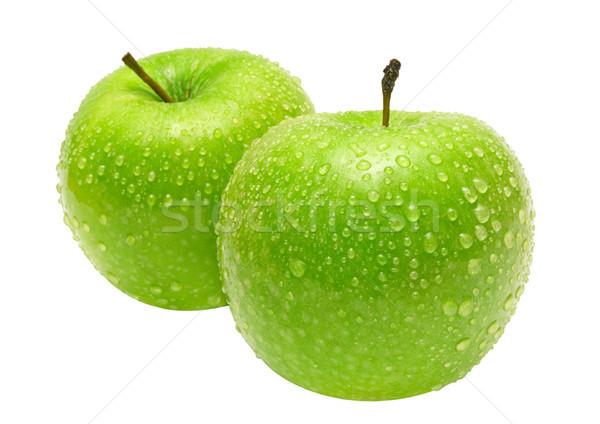 Foto stock: Dois · verde · maçãs · gotas · de · água · isolado