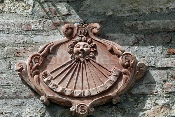 Starych zegar słoneczny wiejski budynku vintage architektury Zdjęcia stock © wjarek