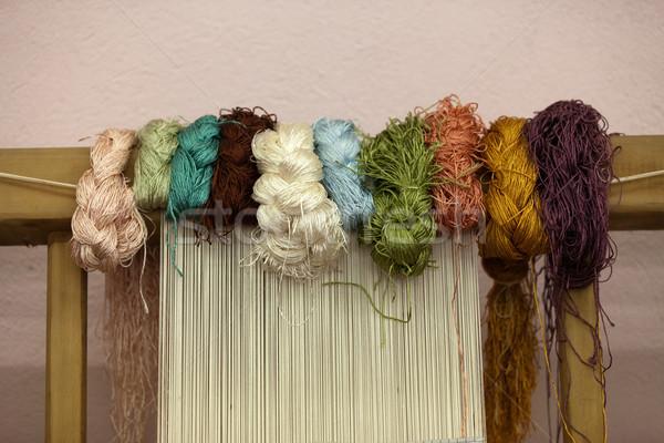 Utasítás gyártás kéz munkás szőnyeg minta Stock fotó © wjarek