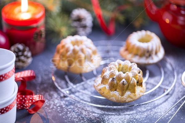 мини Вишневое торты сахарная пудра свечей рождественская елка Сток-фото © x3mwoman