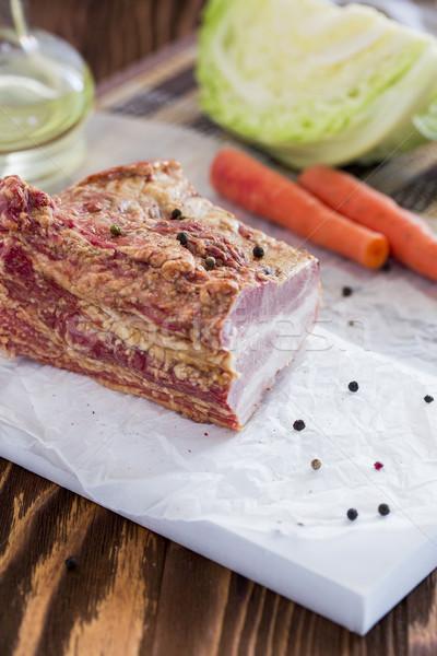 Füme et sebze kahverengi ahşap masa Stok fotoğraf © x3mwoman