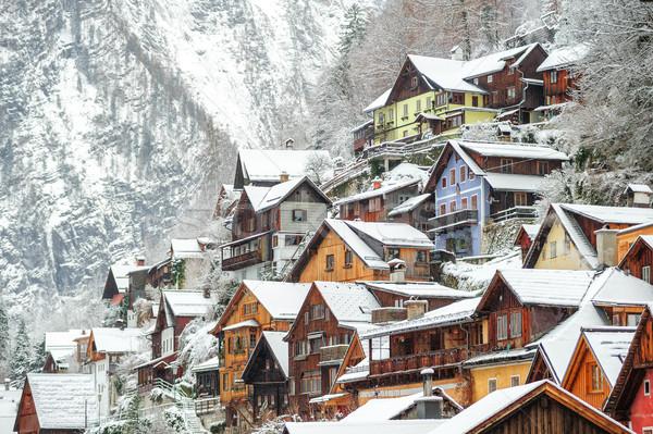 Ahşap evler alpine kasaba Avusturya geleneksel Stok fotoğraf © Xantana