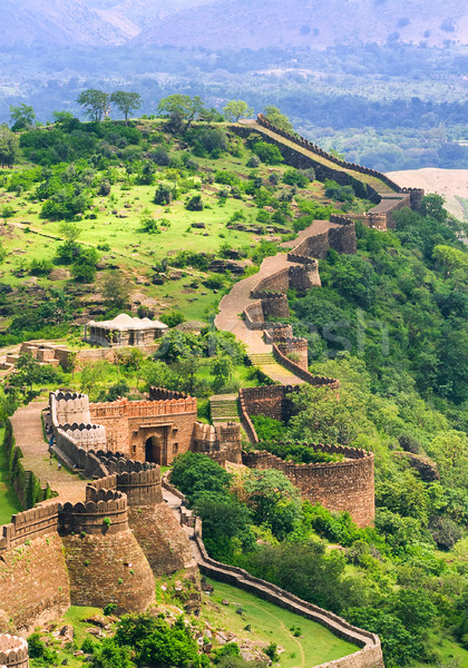 Massive walls of Kumbhalgarh Fort, India Stock photo © Xantana