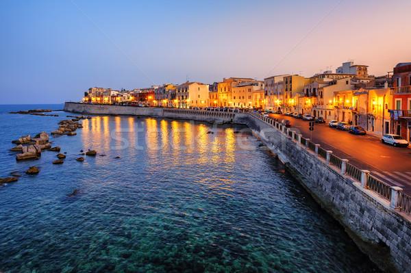 Város naplemente Szicília történelmi házak szemben Stock fotó © Xantana