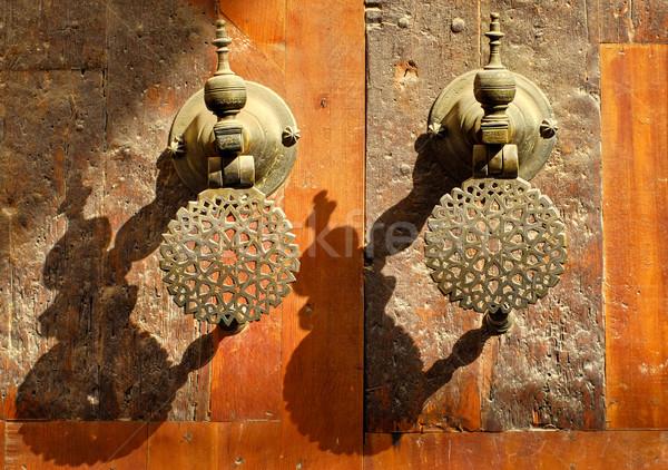 Dekore edilmiş bronz kapı Fas saray Stok fotoğraf © Xantana