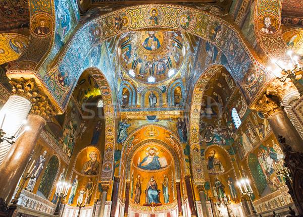 Złoty la kościoła katolicki ściany Jezusa Zdjęcia stock © Xantana