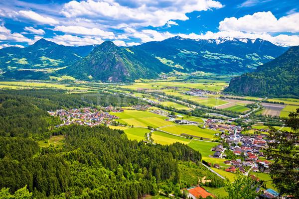 Posada río valle ciudad vista alpes Foto stock © xbrchx