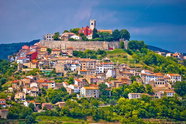 Ciudad pintoresco colina casa ciudad naturaleza Foto stock © xbrchx
