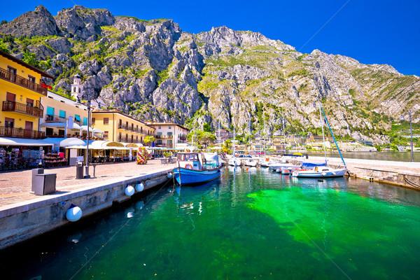 Turquoise bord de l'eau vue ville mur paysage Photo stock © xbrchx