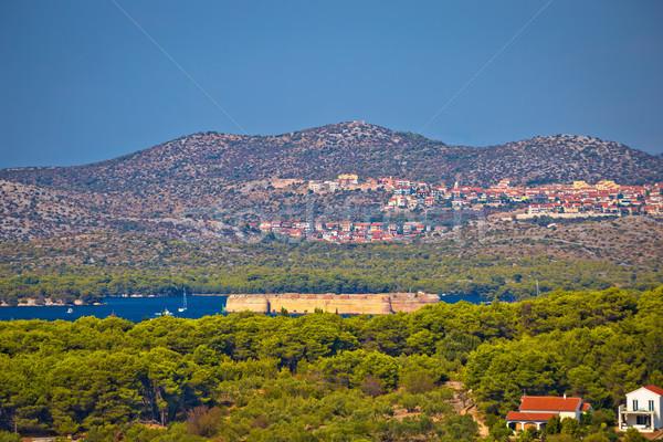 Isla entrada mar Croacia ciudad Foto stock © xbrchx
