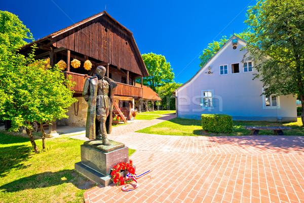 живописный деревне регион статуя лидера рождения Сток-фото © xbrchx