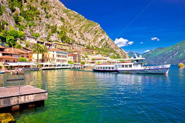 Touristiques bateau pittoresque port lac région Photo stock © xbrchx